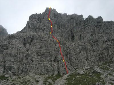 Zucco di Pesciola, Via Bramani (IV+,V)