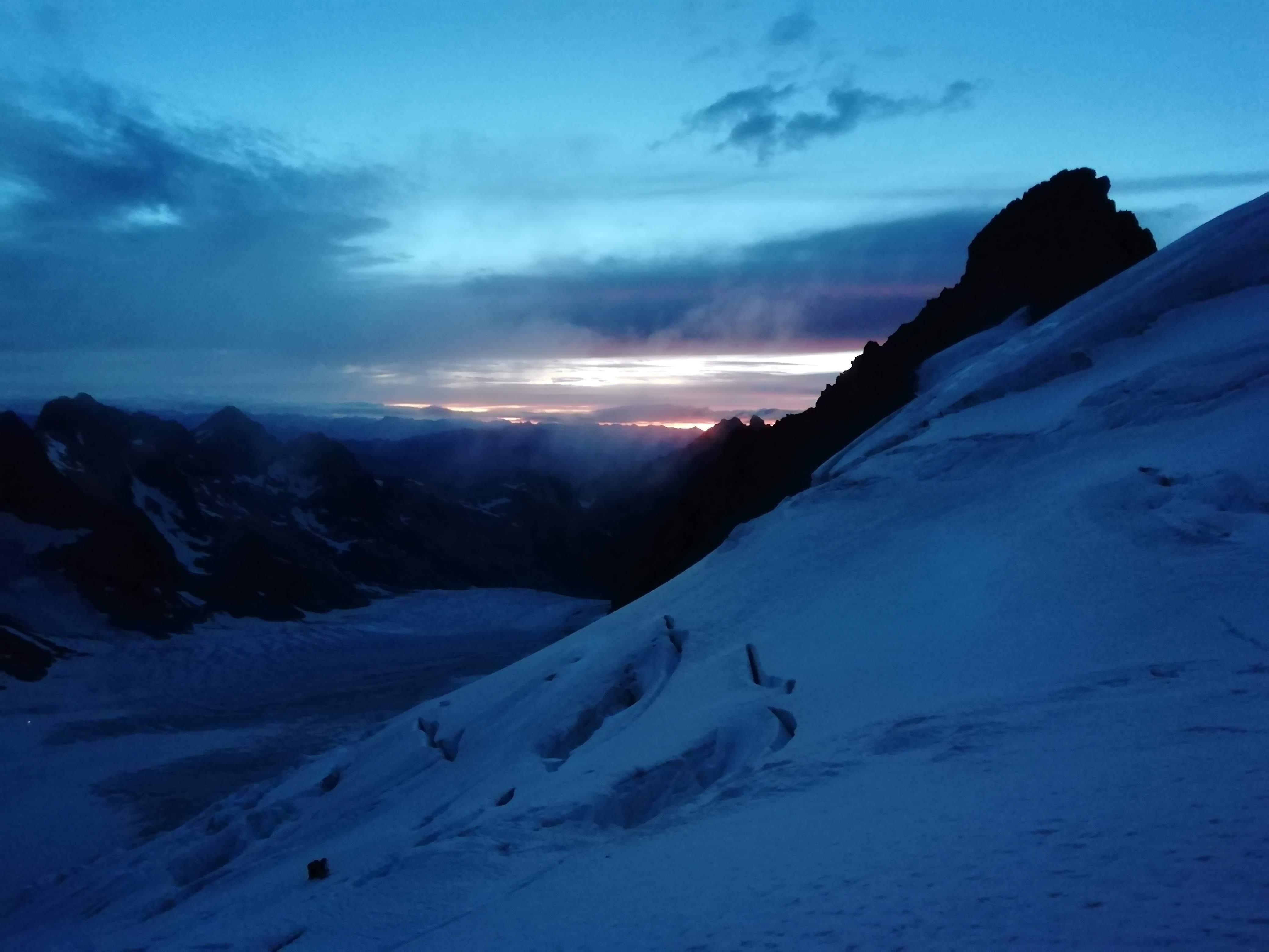 Le prime luci dell'alba