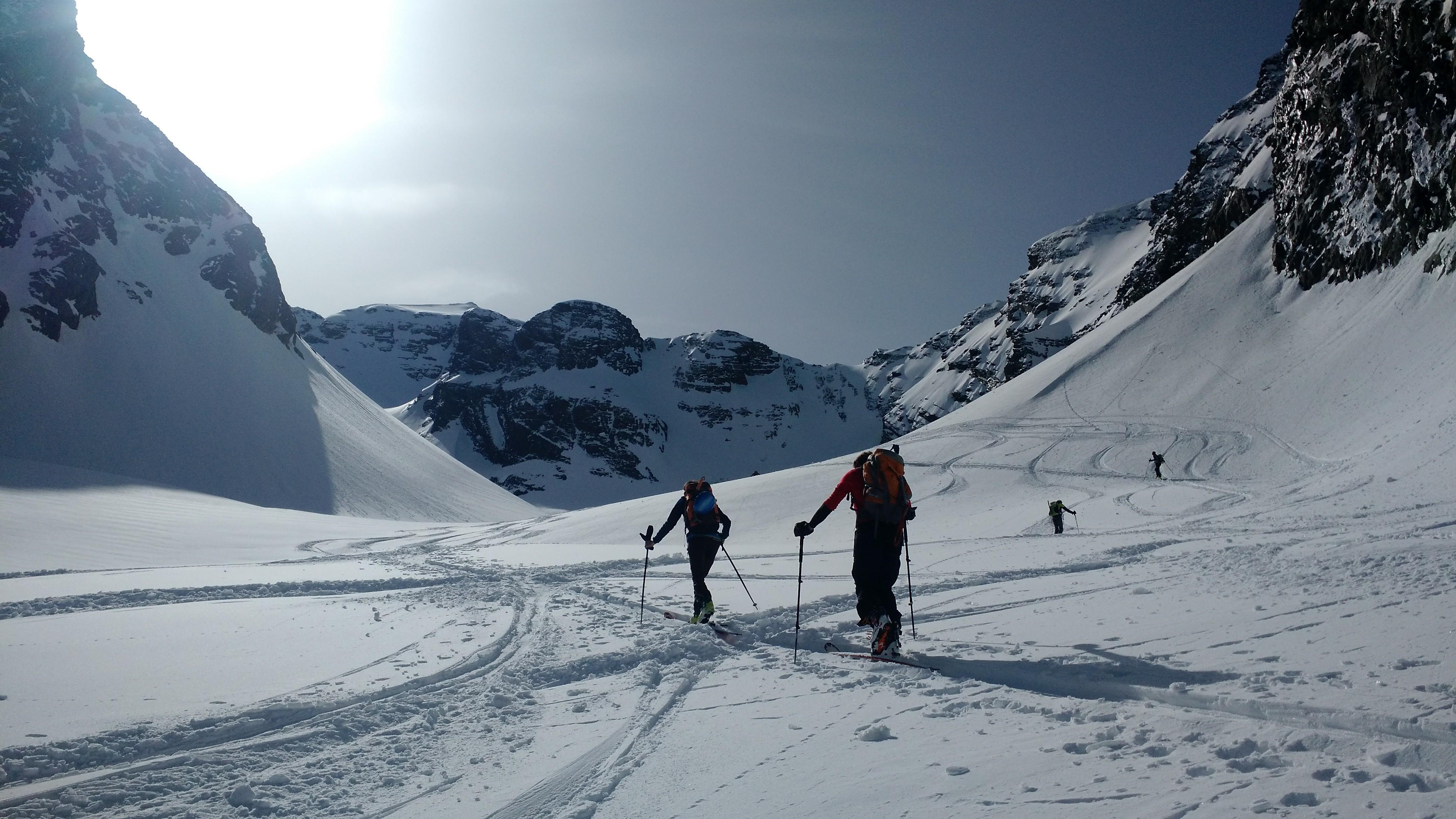 Pizzo Redorta (3038 m) – Un viaggio tra i giganti delle Orobie.
