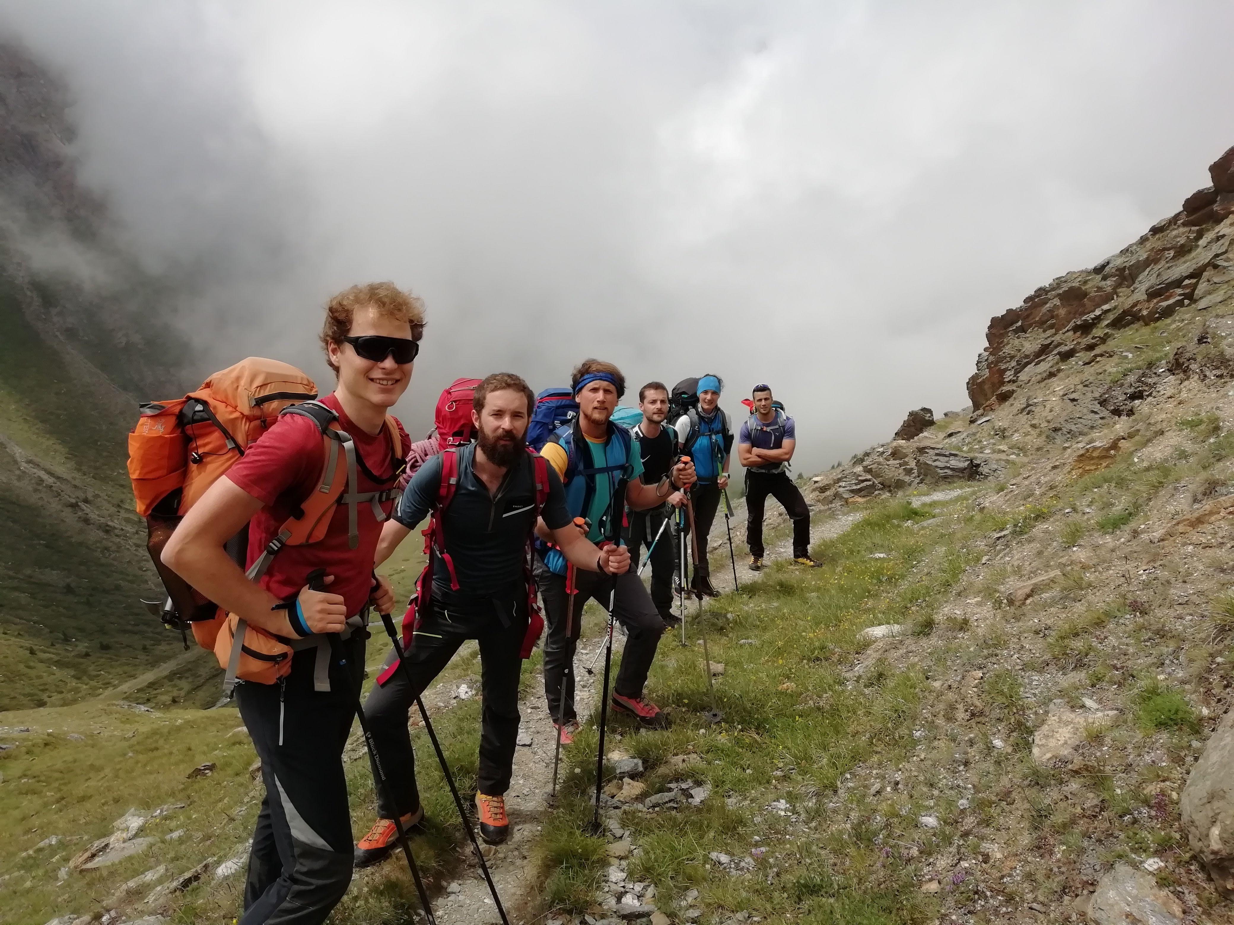 Alphubel (4206 m) – Cresta Eisnase (PD) – Ripartiamo dall'entusiasmo dei giovani