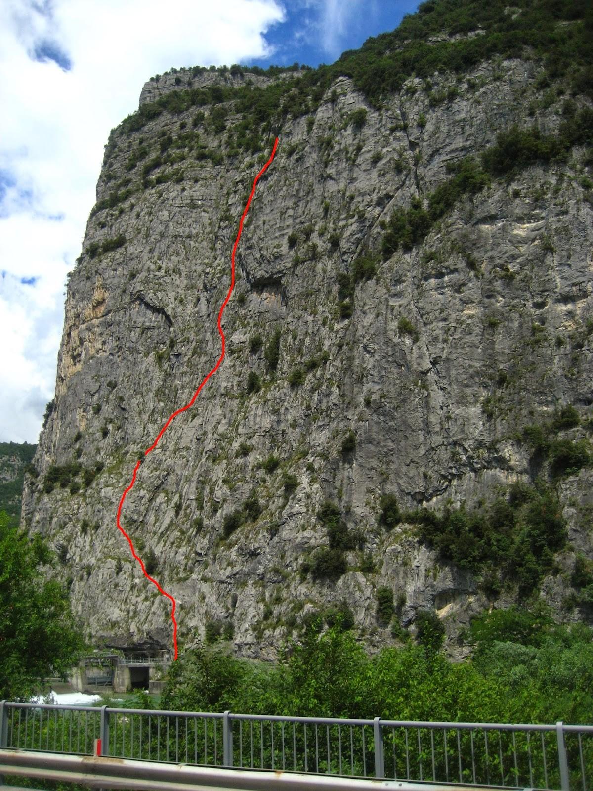 Via Orizzonti Dolomitici (IV+, V) – Piccolo Dain, Parete del Limarò